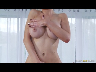 Brazzers - Alexis Ford - The Flirty Masseur